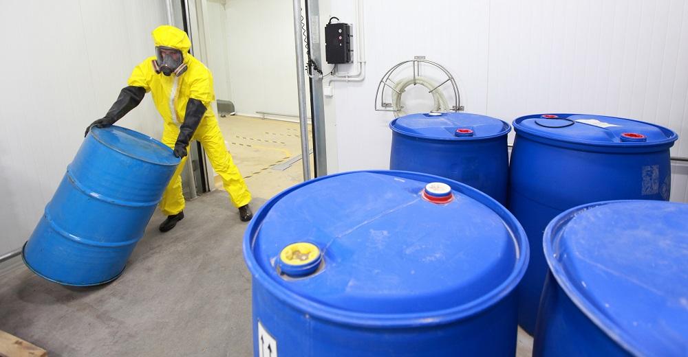 Gefahrstoffunterweisung: Umgang und Lagerung